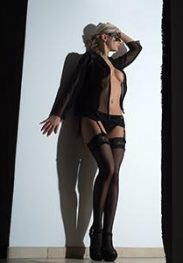 Private ALYONA Aachen Escort