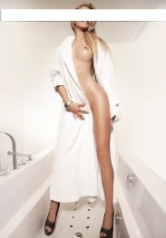 CLAUDIA Elite Call Girl Hannover