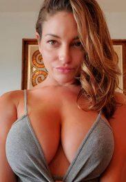 Hot girl 🔥